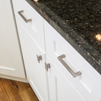 Hardware Resources - Bath & Cabinet Hardware