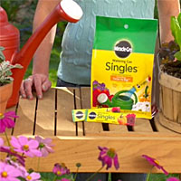 Miracle-Gro - Gardening Products